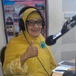 Siti Rohimah, S.Pd.I.,M.Si-Bagian Kurikulum Yayasan Lembaga Pendidikan Al Firdaus saat mengisi siaran program parenting
