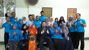 Hussein Aldaoudi dari Yayasan AlRisalah Swedia Mengunjungi  Yayasan Lembaga Pendidikan Al Firdaus